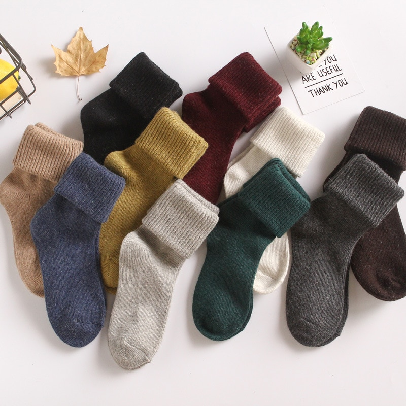 여자를위한 양모 양말 가을 따뜻한 겨울 신발 여자를위한 귀여운 선물 땀 통풍 다시 양말