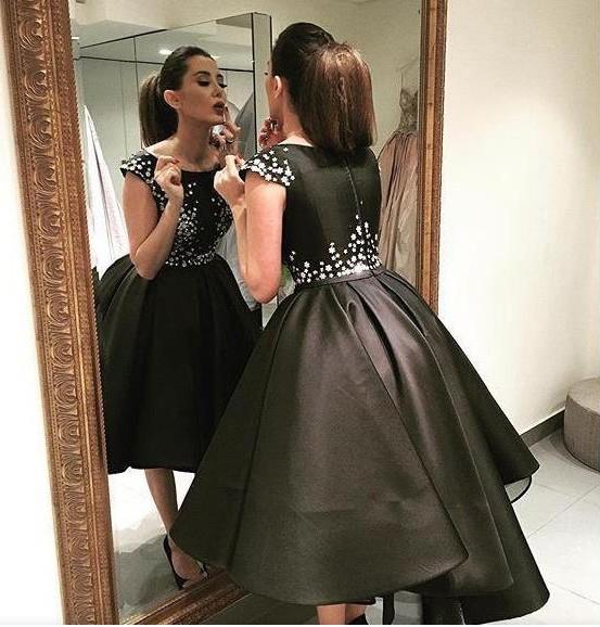 [해외]2017 짧은 전면 긴 다시 파티 드레스 사용자 정의 만든 무거운 구슬 검은 새틴 Vestido 드 페 스타 맞춤 칵테일 드레스/2017 Short Front Long Back Party Gown Custom made Heavy Beadings Black Sat