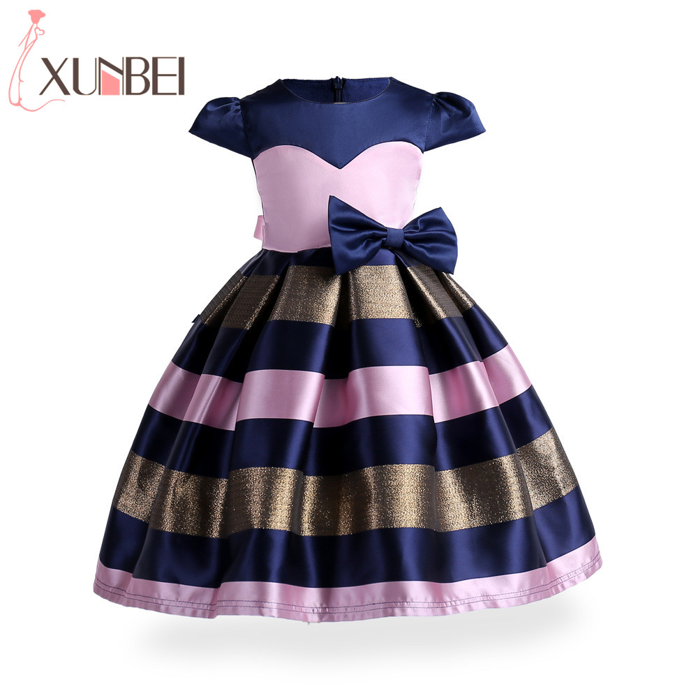 [해외]새 크리스마스 패치 워크 핑크 블루 플라워 소녀 드레스 2018 모자 슬리브 무릎 길이 키즈 미인 드레스 드레스 comunion/New Christmas Patchwork Pink Blue Flower Girl Dresses 2018 Cap Sleeves Kne
