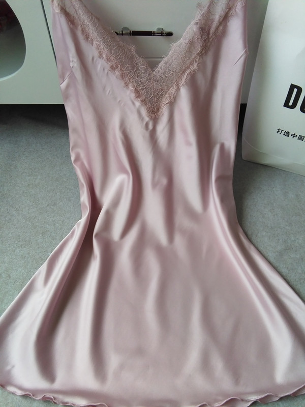 [해외]패션 여성 여름 조끼 탑 실크 레이스 탱크 캐니스 민Retail 자수 캐니스 캐주얼 탑스 여성 새 옷 캐미스/Fashion Women Summer Vest Top Silk Lace Tanks Camis  Sleeveless Embroidery Camis Casu