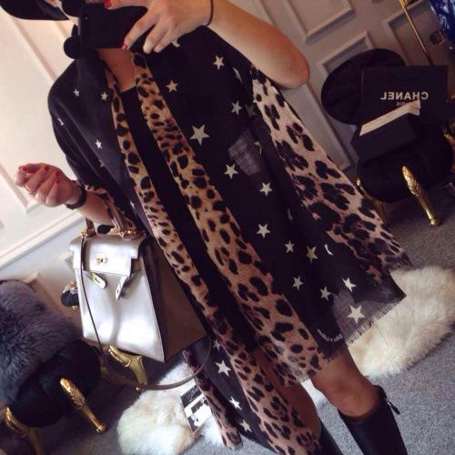 [해외]핫 세일 2017 새로운 표범 인쇄 Shawls과 스카프 롱 스카프 여성 해변 휴가 태양 비치 타월 여성 스카프/Hot Selling 2017 New Leopard Print Shawls and Scarves Long Scarf Female Seaside Vac