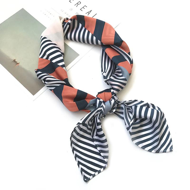 [해외]실크 스카프 여성 봄 70 * 70 패션 스카프 작은 사각형 머리 스카프 고품질 가방 장식 스카프/Silk scarf women spring autumn 70*70 Fashion scarves small squares Head scarf high quality