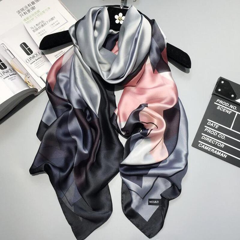 [해외]2017 고급 브랜드 여성 스카프 여름 실크 스카프 shawls 레이디 래핑 소프트 pashimina 여성 Echarpe 디자이너 해변 훔친 두건/2017 luxury brand women scarf summer silk scarves shawls lady wr