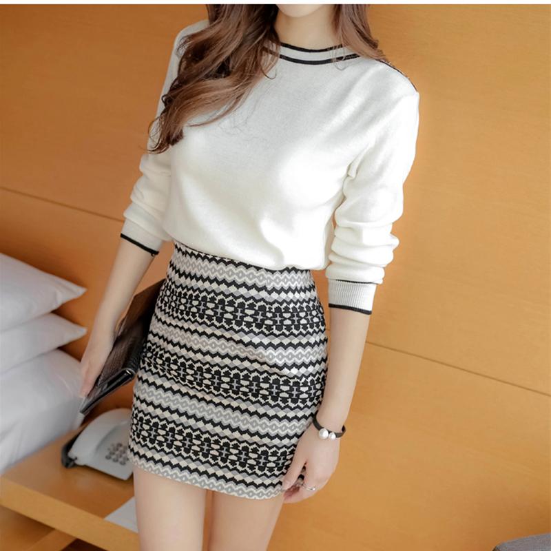 [해외]여성 세트 2017 봄 뜨개질 긴 Retail O 넥 흰색 탑스 패키지 힙 짧은 스커트 세트 당 2 피스 숙녀 Tracksuit/Women Sets 2017 Spring knitting Long Sleeve O Neck white Tops Package hip