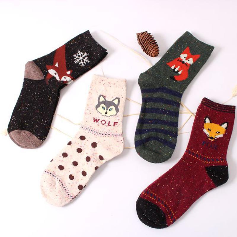 [해외]3Pair 여자면 혼합 양말 귀여운 만화 폭스 동물 가을 겨울 양말 따뜻한 calcetines Mujer 크리스마스 여성 3D 양말 미술/3Pair Women Cotton Blends Socks Cute Cartoon Fox Animals Autumn Winte