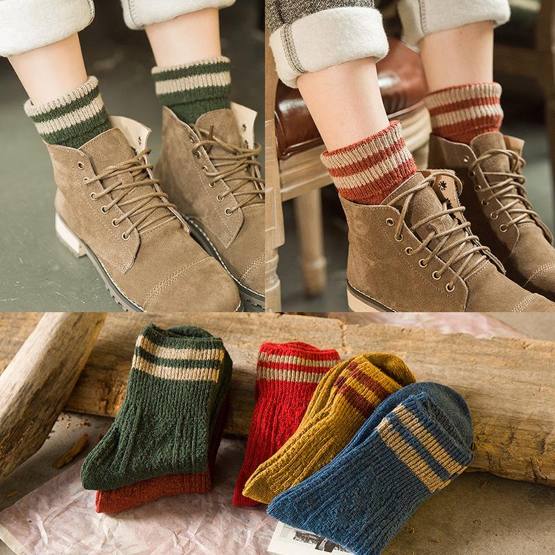 [해외]1Pair 두꺼운 니트 스트라이프 여성 양말 겨울 따뜻한 양말 여성 발목 양말 3D 숙녀 양말 Art Meias Chaussette Christmas/1Pair Thick Knitted Striped Women Socks Winter Warm Socks Fema