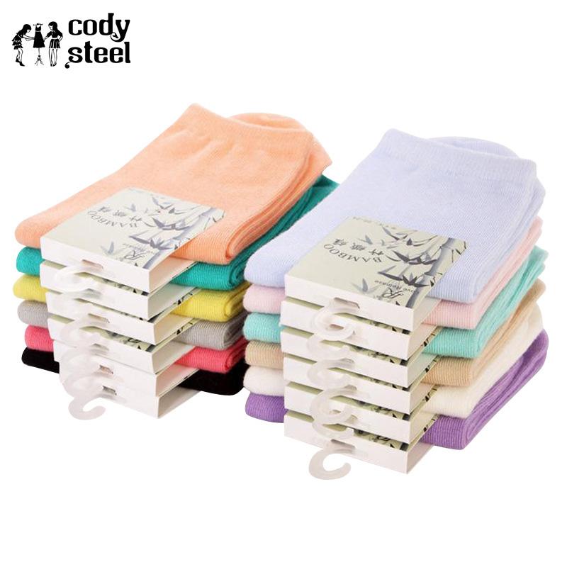 [해외]코디 스틸 패션 대나무 양말 여성 클래식 캔디 색상 그릴 양말 면화 캐주얼 모든 경기 롱 양말 5pairs / lot/Cody Steel  Fashion Bamboo Socks Women Classic Candy Colors Gril Sock Cotton Cas