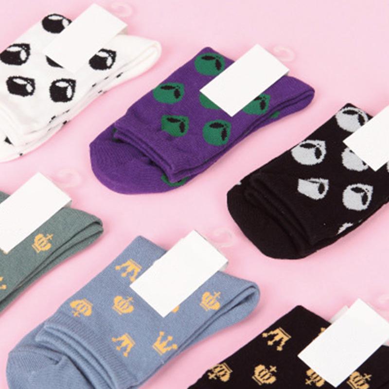 [해외]COCOTEKK 패션 조수 여성 양말 만화 외계인 이모티콘 양말 자카드 크라운 참신 양말 블랙 화이트 퍼플 그레이 코튼 양말 아트/COCOTEKK Fashion Tide Women Socks Cartoon Alien Emoji Socks Jacquard Crow