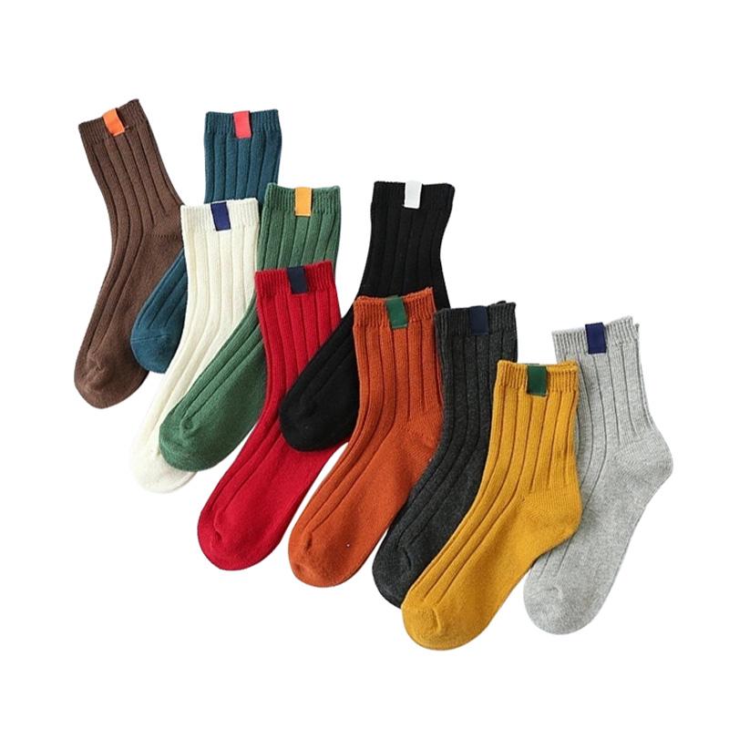 [해외]3 쌍 따뜻한 여성 양말 줄무늬 3D 양말 여자를가을 겨울 스타일 크리스마스 겨울 양말 여자 해피 양말 Calcetines Meias/3 Pair Warm Women Socks Striped 3D Socks Autumn Winter Style Christmas
