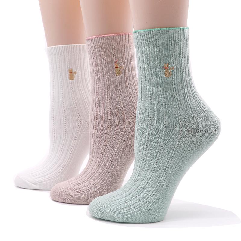 [해외]4pairs 여성 양말 수 놓은 동물 양말 가을 겨울 스타일 따뜻한 짧은 양말 여성 재미 있은 양말 Calcetines Meias/4pairs Women Socks Embroidered Animal Socks Autumn Winter Style Warm Shor