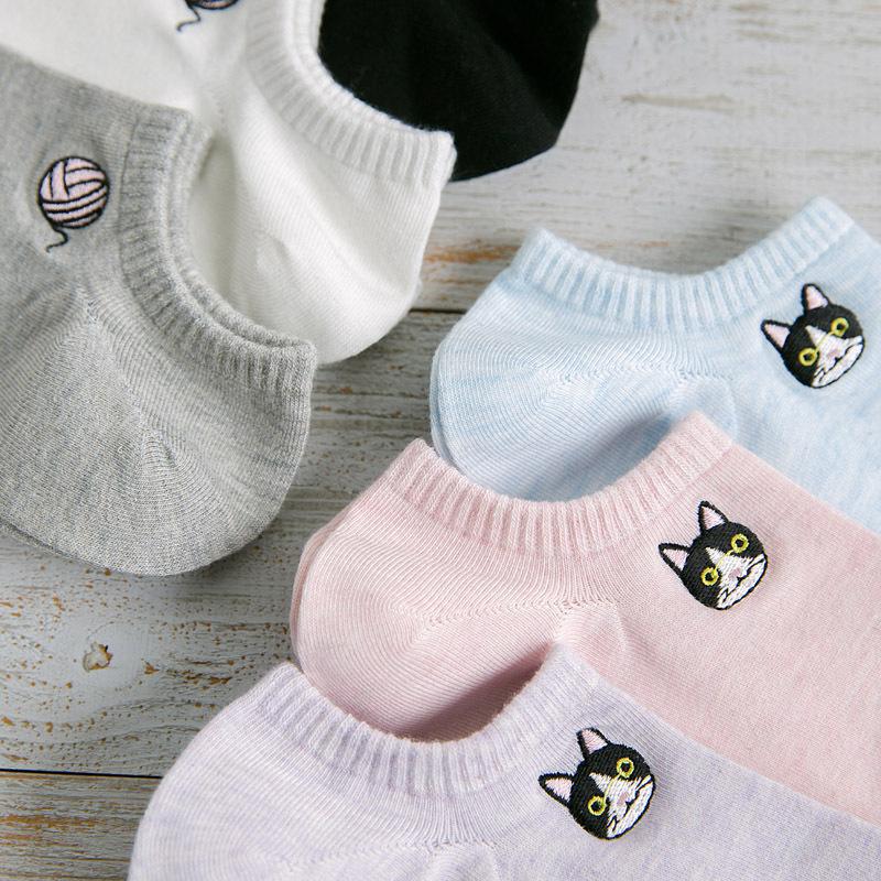 [해외]2018 년 새 여름 여성 양말 5 쌍 코튼 솔리드 컬러 여성 패션 짧은 양말 여성 호흡 귀여운 고양이 만화 소녀 양말/2018 new summer women socks 5 pair cotton solid color women fashion short socks