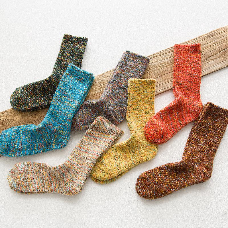 [해외]겨울 여성 슈퍼 두꺼운 양말 패션 빈티지 원사 양말 한 켤레/New Arrival  winter female super thick socks fashion vintage yarn socks one pair