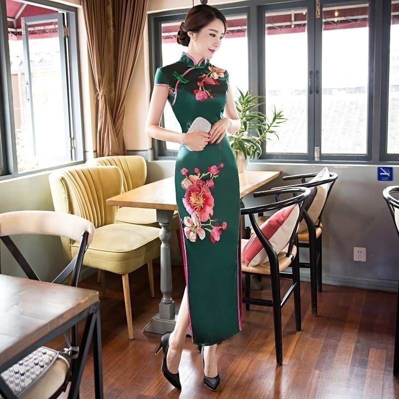[해외]어 번체 이브닝 드레스 캐주얼 2017 새로운 긴 청도 빈티지 로브 Orientale 자수 Qipao 실크 파티 드레스/Chinese Traditional Evening Dress Casual 2017 New Long Cheongsam Vintage Robe O