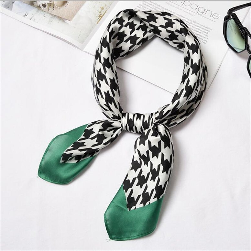 [해외]/New 70x70cm Women Multifunction Polyester Silk Scarf Elegant Pattern Dot Plaids Printed Satin Small Square Wraps Scarves Shawl