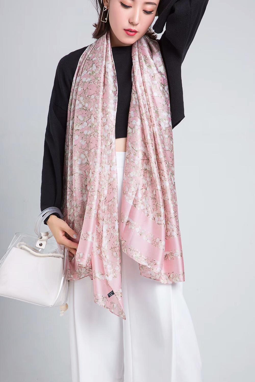 [해외]2018 Spring Autumn Fashion Natural Silk Scarf Women Luxury Brand Silk Foulard Bufanda Mujer Ladies Mine Floral Shawls and Wraps/2018 Spr